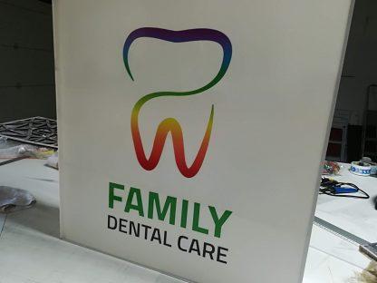Svetelná reklama od C-PRESS v Košiciach - Family Dental Care