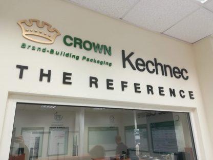 3D Logo a Realizácia kancelárie od C-PRESS v Košiciach - Crown Kechnec