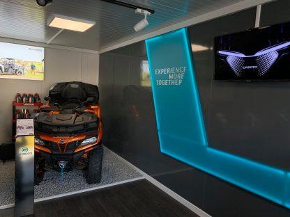 Svetelná reklama pre auto a motosalón od C-PRESS v Košiciach